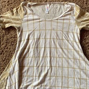 LuLaRoe classic tee shirt